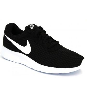 Nike WMNS Tanjun 812655