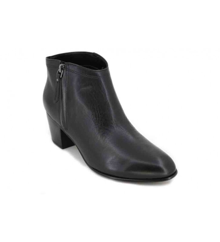 Clarks Maypearl Alice Women's Ankle Boots