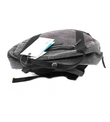 """Ucon Acrobatics Crow Ison 15"""" Backpack"""