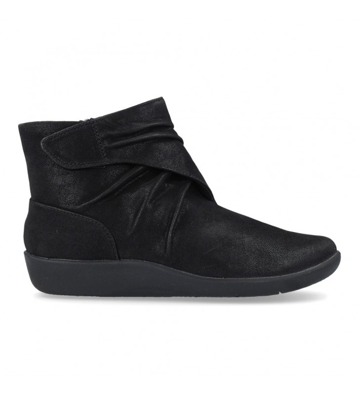 Clarks Sillian Tana Women's Ankle Boots