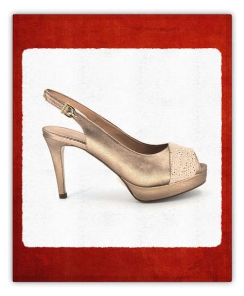 85008fb9a Qué zapatos combinan con un vestido largo - Calzados Vesga